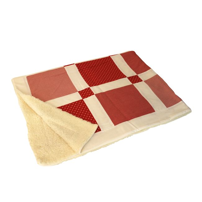 patchwork decke mit raster motiv rot. Black Bedroom Furniture Sets. Home Design Ideas